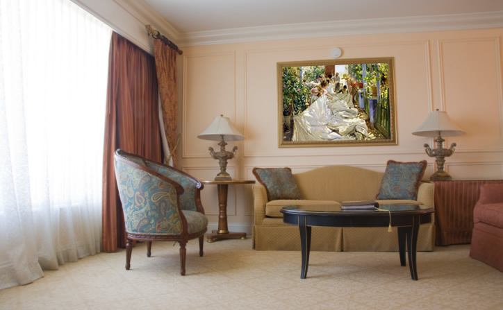 Classic-style livingroom and Sorolla's painting.